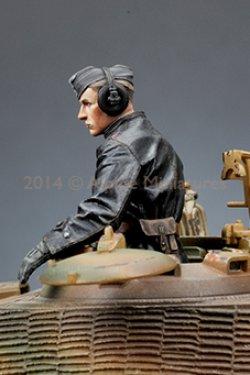 画像5: Alpine Miniatures[AM35174]1/35 武装親衛隊装甲部隊指揮官(革ジャケット着用)2体セット