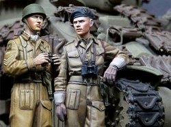画像1: Alpine Miniatures[AM35180]WWII 英 王室戦車軍団 戦車兵 (2体セット)