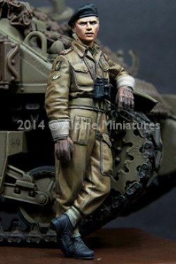 画像3: Alpine Miniatures[AM35180]WWII 英 王室戦車軍団 戦車兵 (2体セット)