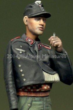 画像3: Alpine Miniatures[AM35182] 負傷したドイツ戦車兵#2