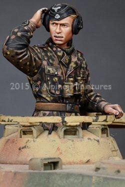 画像2: Alpine Miniatures[AM35189]武装親衛隊戦車指揮官(迷彩服)2体セット
