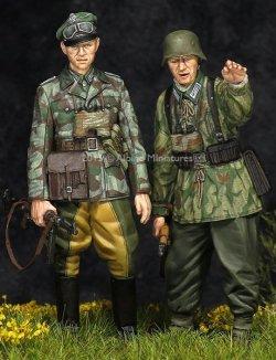 画像1: Alpine Miniatures[AM35195]WWII独 擲弾兵(スプリンター迷彩服)(2体セット)