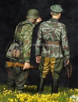 画像2: Alpine Miniatures[AM35195]WWII独 擲弾兵(スプリンター迷彩服)(2体セット)