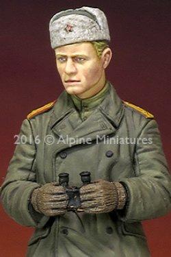 画像2: Alpine Miniatures[AM35214]1/35 WWII露 戦車指揮官(防寒コート)