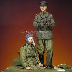 画像2: Alpine Miniatures[AM35216]1/35 WWII露 戦車兵(防寒コート/テログレイカ)(2体セット)