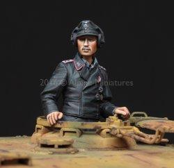画像2: Alpine Miniatures[AM35223]1/35 WWII独 武装親衛隊 ティーガー指揮官(パンツァージャケット)