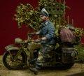 D-Day miniature studio[DD35082]1/35 WWII独 ヘルマンゲーリング師団 将校+バイクアクセサリーセット
