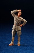 DEF.MODEL[DO35007]1/35WWII DAK Panzer Officer standing