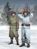 マンティス・ミニチュアズ[Man35015]Hands Up!(手をあげろ!) U.S歩兵と独 捕虜セット アルデンヌ 1944