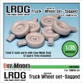 DEF.MODEL[DW30005]イギリス LRDG デザートシボレー 自重変形タイヤ(タミヤ用)