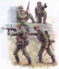 ズベズダ[ZV3582] 1/35 WWIIドイツ擲弾兵セット