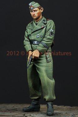 画像4: Alpine Miniatures[AM35146]ピストルを持つ武装親衛隊戦車兵