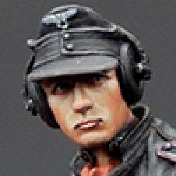 画像1: Alpine Miniatures[AM35173]1/35 武装親衛隊装甲部隊指揮官(革ジャケット着用)#2