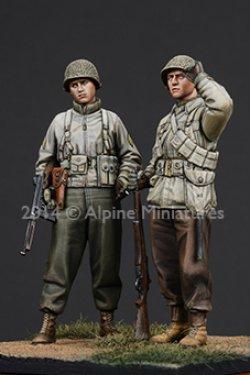 画像2: Alpine Miniatures[AM35186] 1/35 WWII米 歩兵(冬装)2体セット