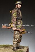 Alpine Miniatures[AM35267]1/35 WWII 独 弾薬箱を持つ装填手 SS第12HJ師団