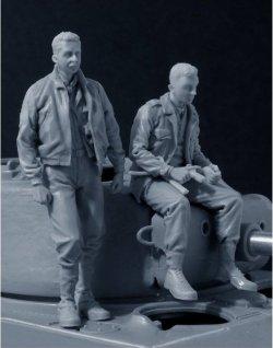 画像3: Bravo6[B6-35110]1/35 米戦車クルー1944-44 2体セット イージーエイト搭乗(3)