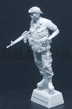 """画像2: Bravo6[B6-35313]1/35 ベトナム68〜69 M16を持つ古参のウィリー""""テックス"""""""