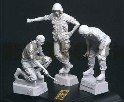 画像2: Bravo6[B6-35308]1/35 ベトナム戦争 米陸軍「打合せ中」US戦車乗組員セット