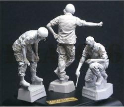 画像3: Bravo6[B6-35308]1/35 ベトナム戦争 米陸軍「打合せ中」US戦車乗組員セット