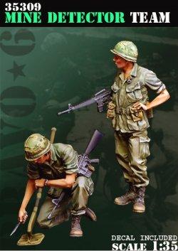 画像1: Bravo6[B6-35309]1/35 ベトナム戦争 米陸軍 「踏むなよ」地雷探索を行う工兵隊