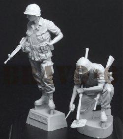 画像2: Bravo6[B6-35309]1/35 ベトナム戦争 米陸軍 「踏むなよ」地雷探索を行う工兵隊