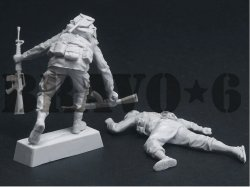画像3: Bravo6[B6-35310]1/35 ベトナム戦争 米海兵隊「曲がり角の先に」(4) 武装解除する海兵隊員