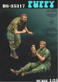 Bravo6[B6-35317]1/35 ベトナム戦争 米 「我が小隊のマスコット」子犬を抱える兵士