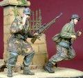 D-Day miniature studio[DD35052] 1/35 WWII独 武装親衛隊兵士(2体セット)作戦行動中