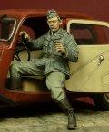 D-Day miniature studio[DD35053] 1/35 WWII独 親衛隊諜報部ドライバー(シトロエン11CV用)