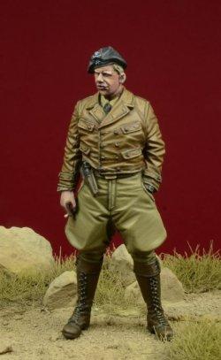 画像1: D-Day miniature studio[DD35085]1/35 WWII独 1/35 コンドル軍団 装甲部隊将校 #1