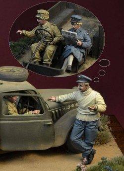 画像1: D-Day miniature studio[DD35142]1/35 WWII 英 バトルオブブリテン1940年(1)「戦争中の火遊び」3体セット