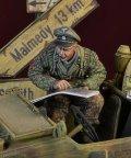 D-Day miniature studio[DD35156]1/35 WWII 独 武装SS シュビムワーゲンに乗るSS下士官