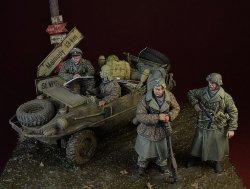 画像1: D-Day miniature studio[DD35162]1/35 WWII 独 武装SSビッグセット 前線待機 アルデンヌ1944