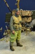 D-Day miniature studio[DD35181]1/35 WWII ドイツ武装親衛隊 擲弾兵1 短機関銃を持つ兵士 ハンガリー1945冬