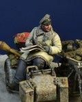 D-Day miniature studio[DD35185]1/35 WWII ドイツ武装親衛隊 サイドカーに乗る士官 ハンガリー1945冬