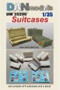 DANmodels[DAN35296]1/35 スーツケース (8個入り、デカール付)