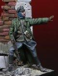 Darius Miniatures[DMF35048]1/35 WWII ドイツ武装親衛隊士官 止まれ!