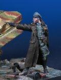 Darius Miniatures[DMF35052]1/35 WWII ドイツ武装親衛隊士官 パラベルム弾を撃つ士官