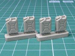 画像2: EUREKA XXL[E-044]1/35 現用 米 アメリカ陸軍水専用キャニスター(携帯缶)
