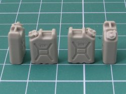 画像3: EUREKA XXL[E-044]1/35 現用 米 アメリカ陸軍水専用キャニスター(携帯缶)