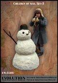 エボリューション[EM-35107]1/35 子供達の戦争(3)雪だるまが戦友