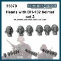 FC★MODEL[FC35870] Cabezas con casco DH-132, set 2. Escala 1/35.