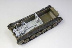 画像2: ファインモールド[FM35725]1/35 九七式中戦車[チハ]57mm砲装備・新車台 プラ製インテリア&履帯付セット