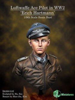 """画像1: MJ Miniatures[MJ09-010]1/9 ドイツ空軍エース""""エーリッヒ・ハルトマン"""""""