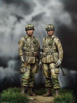 画像1: MJ Miniatures[MJ35003]1/35 WWII 米 空挺兵セット (2 体セット )