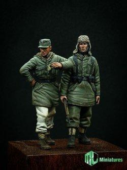 画像2: MJ Miniatures[MJ35009]1/35 WWII独 武装親衛隊擲弾兵セット(2体セット)冬季防寒服