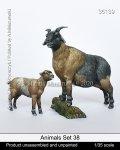 マンティス・ミニチュアズ[Man35139]1/35 動物セット39 周囲を見張る山羊と子山羊