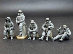 画像2: ミニアート[MA35075]1/35 トーテンコップ師団兵5体入(ハリコフ攻防戦1943)