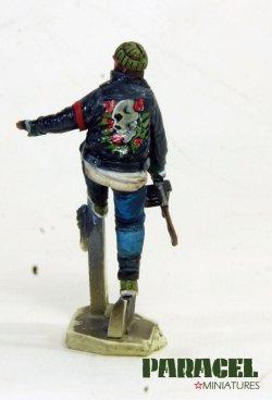 画像3: Paracel Miniatures[MW3522]1/35 現用 市街戦の戦士 3(逃げる男)