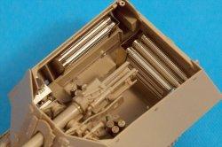 画像2: Passion Models[P35V-017]1/35  7.5cmPAK40砲弾ケース(11本セット)
